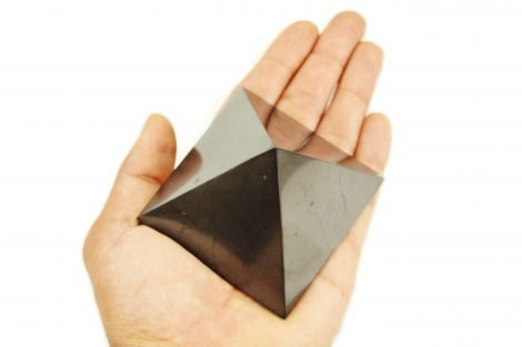 Shungite Pyramid (L) - Crystal Dreams