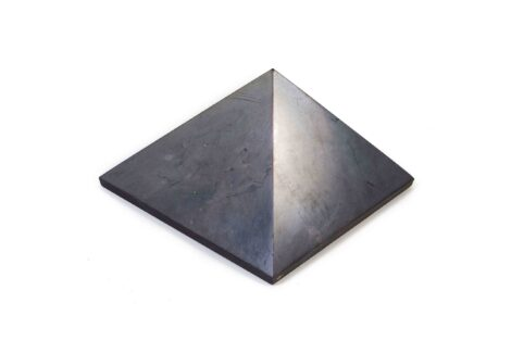 Shungite Pyramid 7 cm (L) - Crystal Dreams
