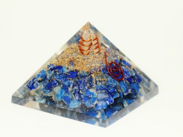 Crystal Dreams Orgonite Pyramid - Lapis Lazuli