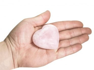 rose quartz puffy heart (hand) - Crystal Dreams