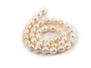 Pearl Beads (10 mm or 8 mm)