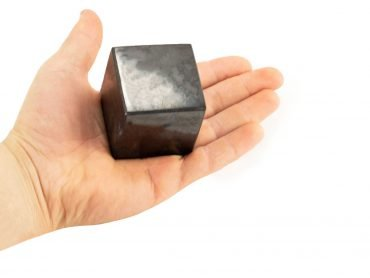 Shungite Cube (M) - Crystal Dreams World