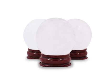 Clear Quartz Sphere 30-60 mm (M-XL) - Crystal Dreams