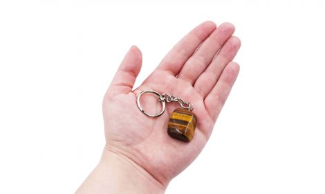Keychain tumbled tiger eye (hand) - Crystal Dreams