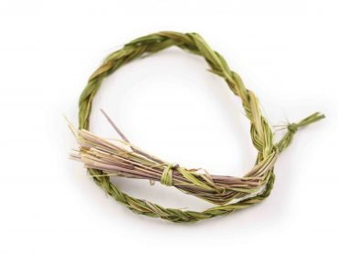 Sweetgrass Smudging Herb - Crystal Dreams