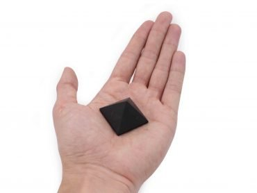 Shungite Pyramid (S) - Crystal Dreams