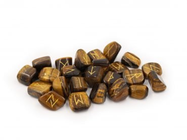 Tiger Eye Runes Set - Crystal Dreams
