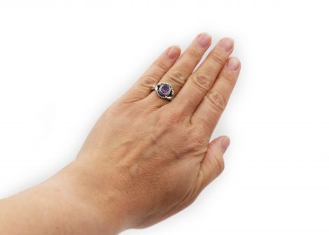 Amethyst Ovated Sterling Silver Ring - Crystal Dreams
