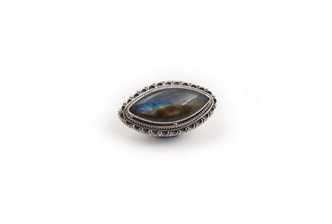 Labradorite shield sterling silver ring - Crystal Dreams