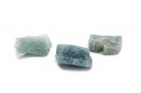 Rough Blue Aquamarine - Crystal Dreams