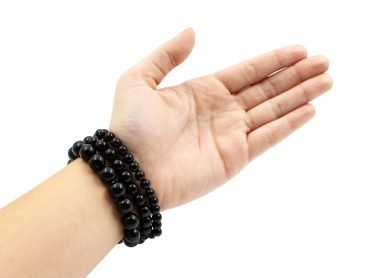 Onyx bracelets hand photo - Crystal Dreams