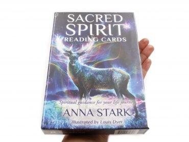Sacred Spirit Reading Oracle Cards (Hand) - Crystal Dreams