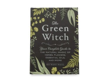 The Green Witch Book - Crystal Dreams