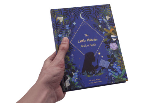 The Little Witch Book of Spells - Crystal Dreams