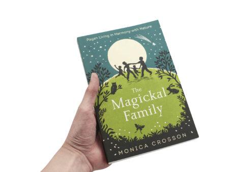 The Magickal Family Book - Crystal Dreams