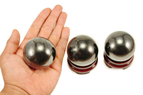 Shungite sphere M Polished - Crystal Dreams